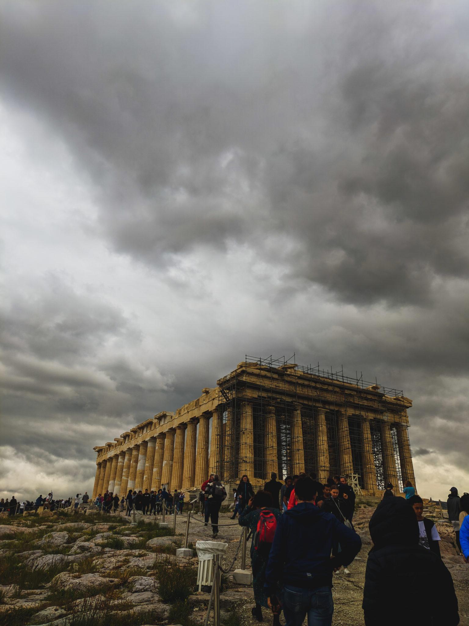 Jak zwiedzić Ateny w 3 dni? – Akropol,  Agora, Świątynia Zeusa Olimpijskiego, Plaka