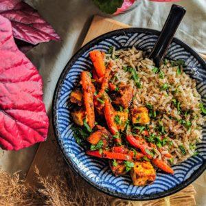 orzechowy ryż z tofu
