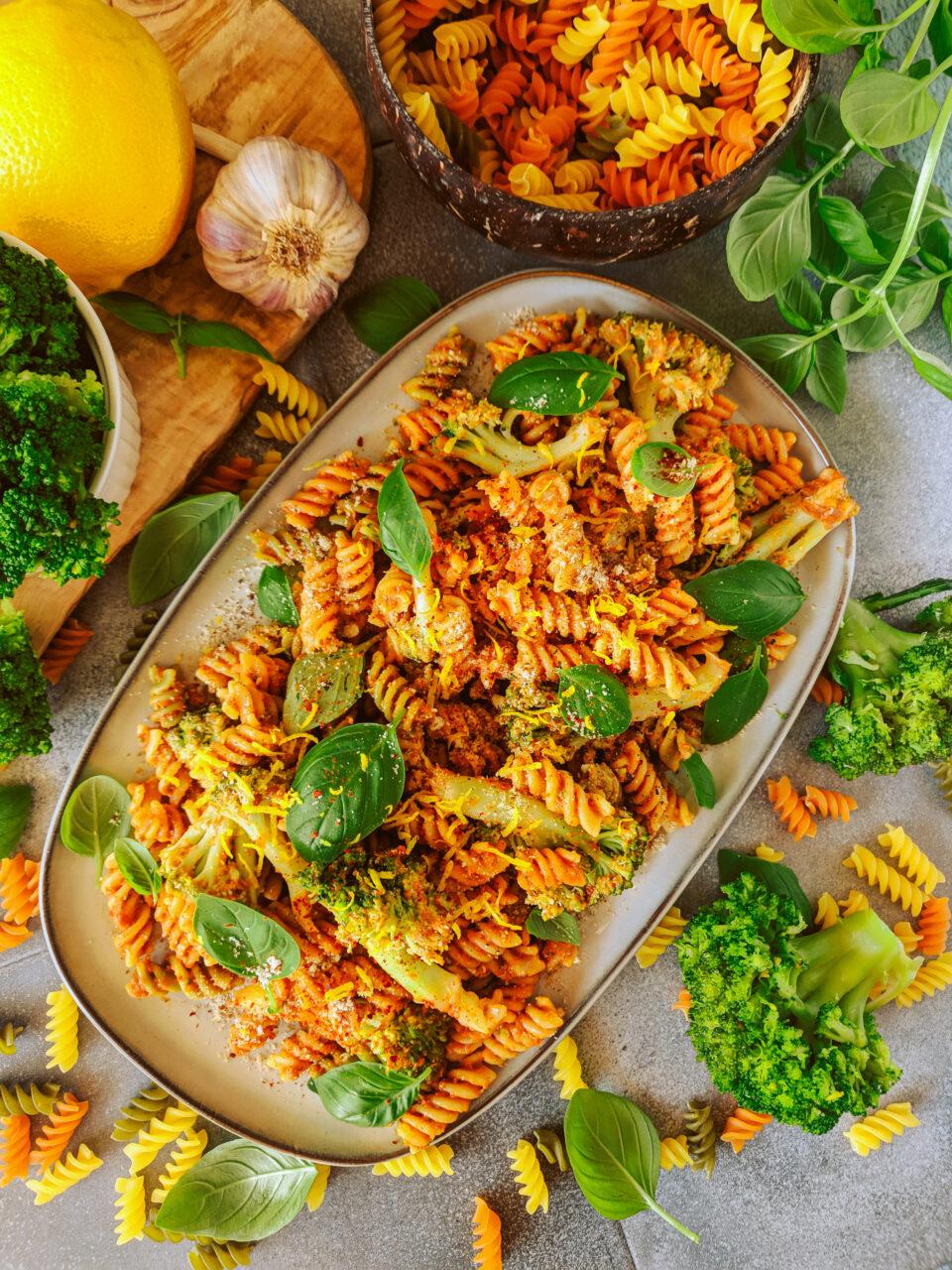 wegański obiad makaron meet without meat